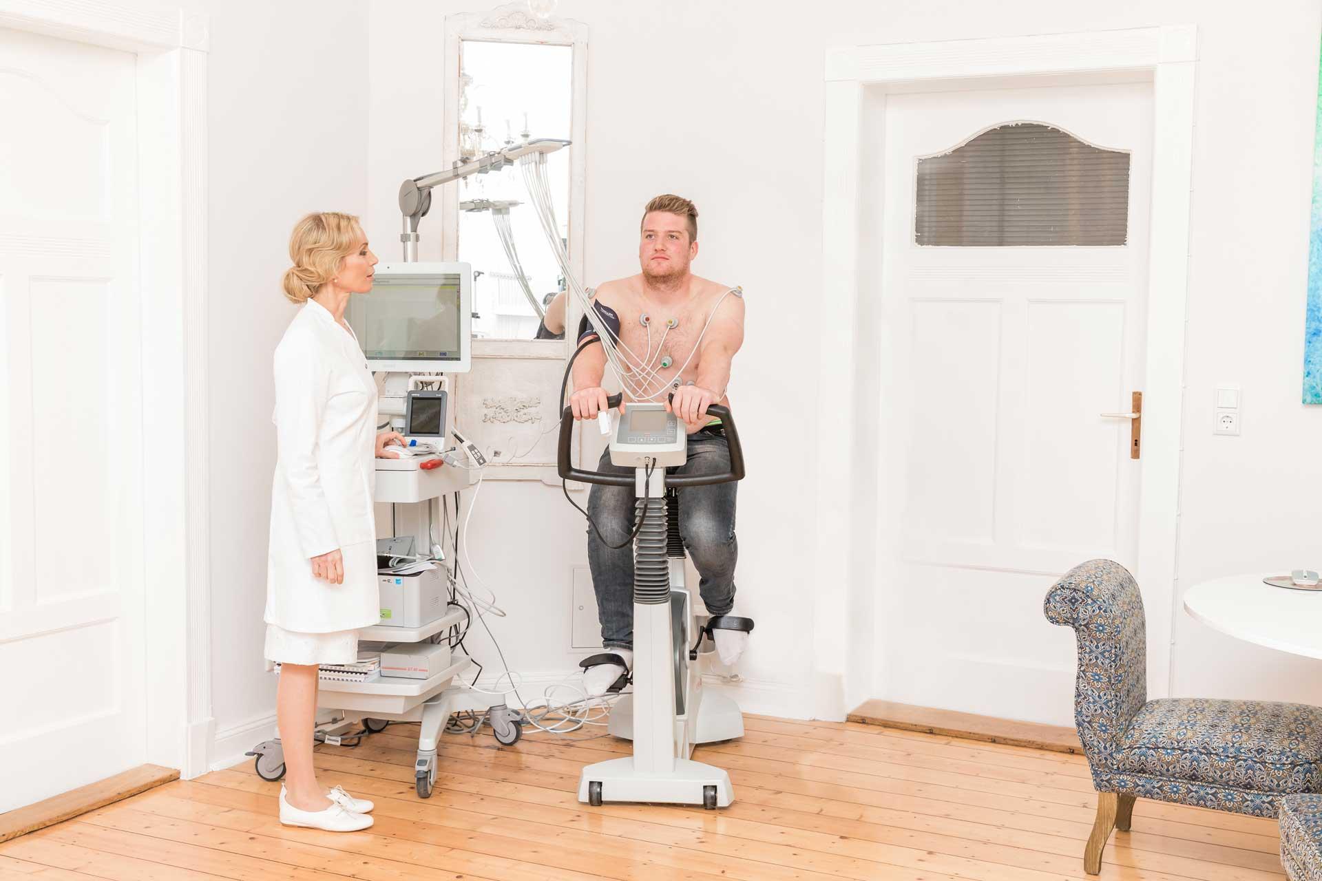 Privatarztpraxis Integrative Medizin – Belastungs – EKG in Braunschweig.