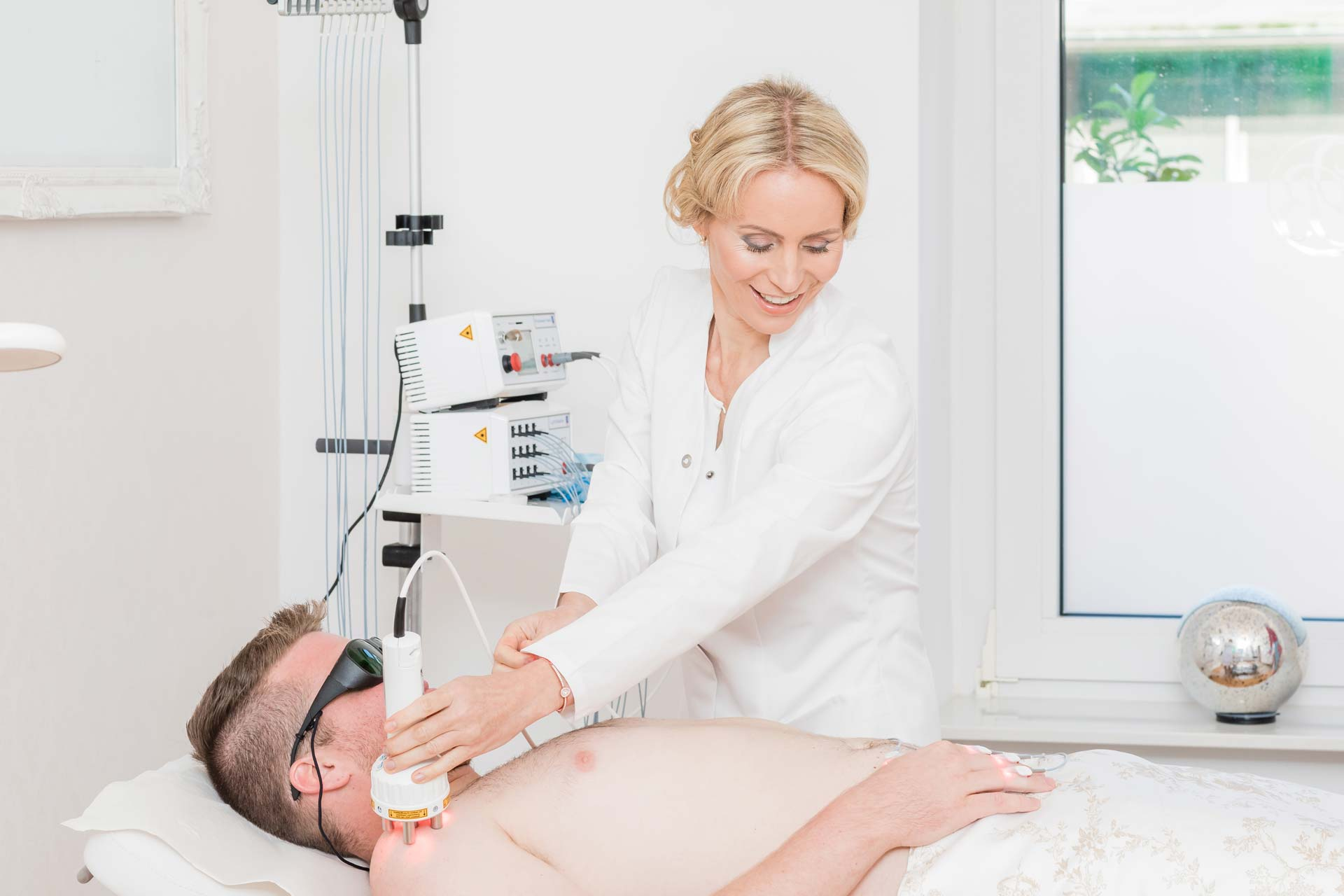 Privatarztpraxis Integrative Medizin – Softlaser – Photonen Therapie und Laserakupunktur in Braunschweig.